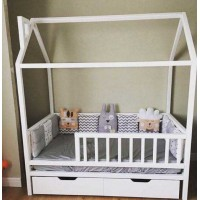 Детская кровать-домик Снежана с бортиками